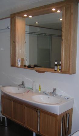 badrumsinredning ek över o underskåp