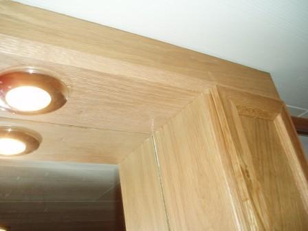 badrumsinredning överskåp mot tak